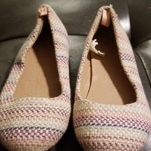 Gently used dress shoes